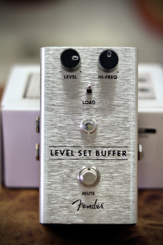 Fender Level Set Buffer Pedal Effects & Pedals Fender