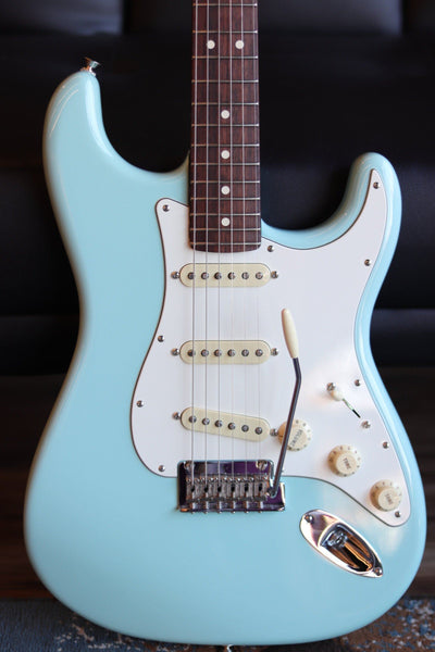 Fender Limited Edition American Professional Stratocaster with Rosewood Neck Daphne Blue (Used) Electric Guitar Fender
