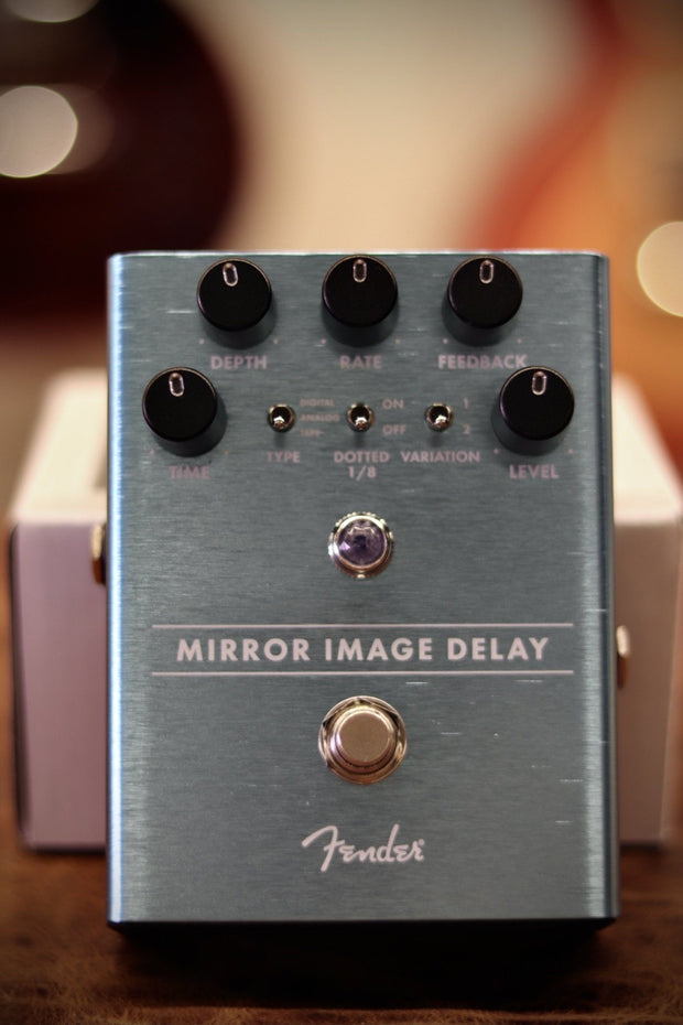 Fender Mirror Image Delay Effects & Pedals Fender