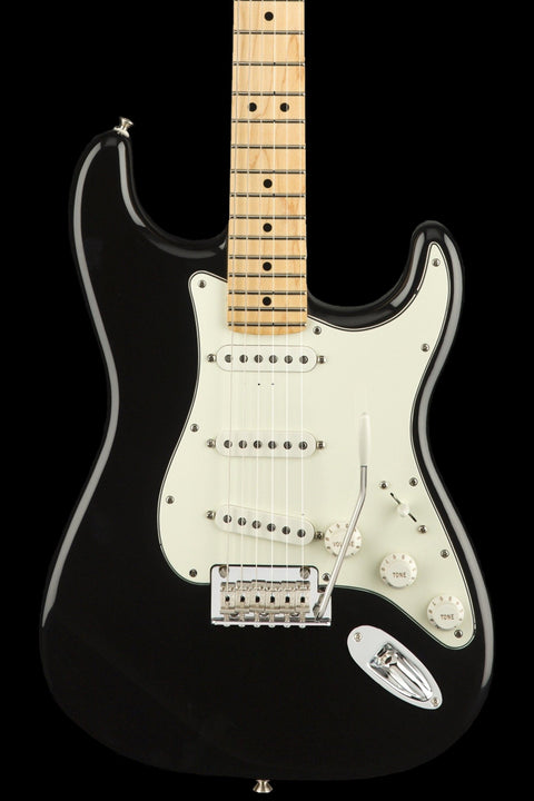 Fender Player Series Stratocaster - Black w/ Maple Fingerboard Electric Guitar Guitars Usa