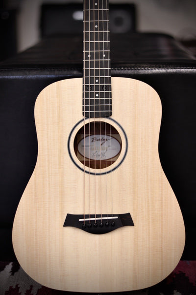 Taylor Baby Taylor BT1 Walnut Acoustic Guitar - Natural Sitka Spruce Acoustic Guitar Taylor
