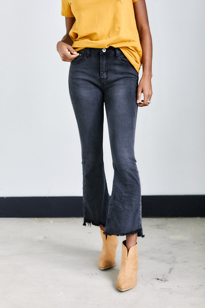 Mila Crop Flare Jeans