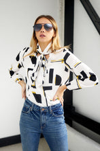 Load image into Gallery viewer, Samantha Long Sleeve Print Blouse