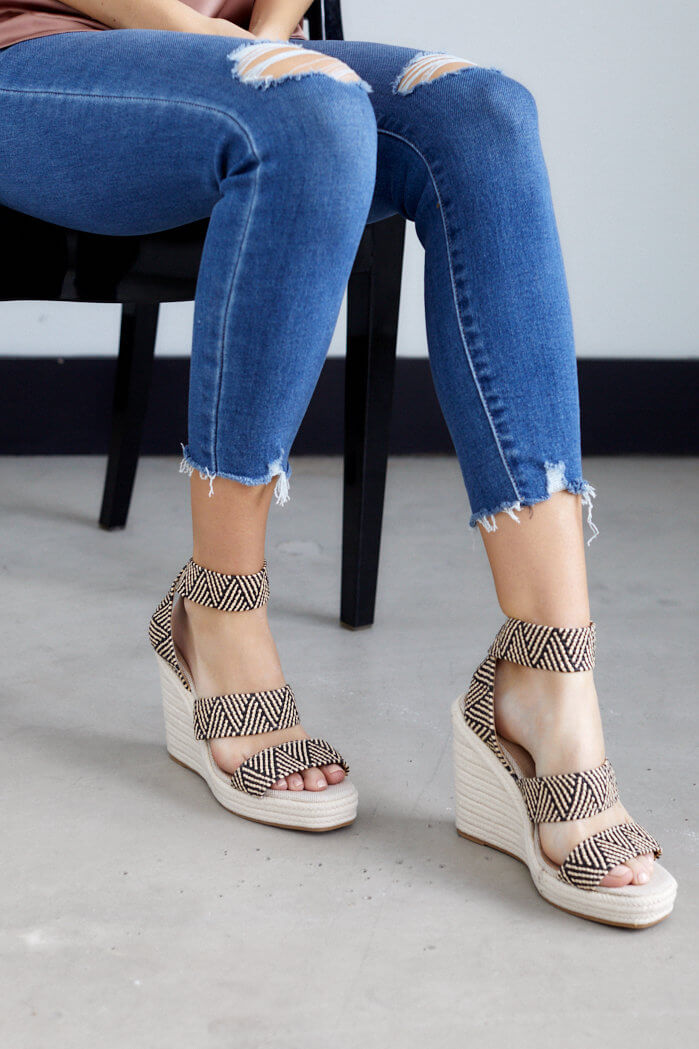 fab'rik - Cascade Pattern Raffia Wedge ProductImage-13703854096442