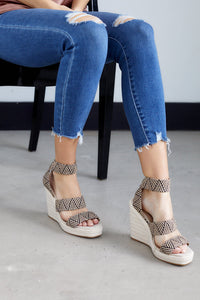 fab'rik - Cascade Pattern Raffia Wedge ProductImage-13703854063674