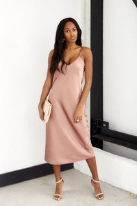 Rose Sleeveless Solid Midi Dress