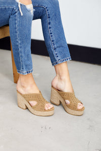 Ada Studded Wedge