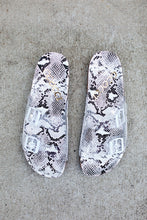 Load image into Gallery viewer, Paradise Clear Snakeskin Slides