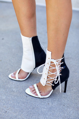 Barbara Color Block Lace Up Pumps
