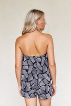 Load image into Gallery viewer, Leigh Printed Strapless Top