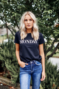 BB Dakota Day Dreaming Day Monday Tee