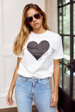 "Load image into Gallery viewer, ""xoxo, fab'rik"" Graphic Tee"