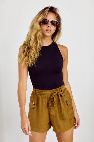 Bralina Tie Waist Exposed Pocket Short