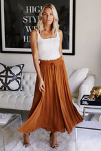 Load image into Gallery viewer, Carmen Pleated Palazzo Pants