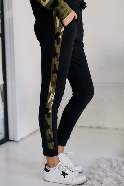 fab'rik - Darcie Fleece Camo Stripe Pants image thumbnail