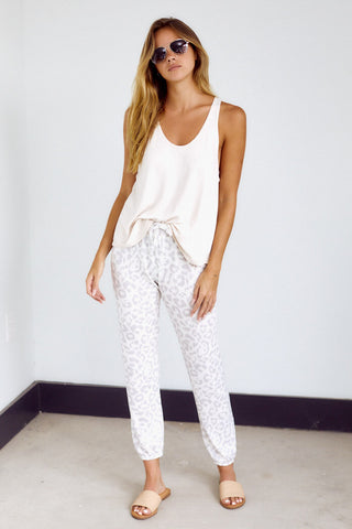 Lila Leopard Sweat Pant
