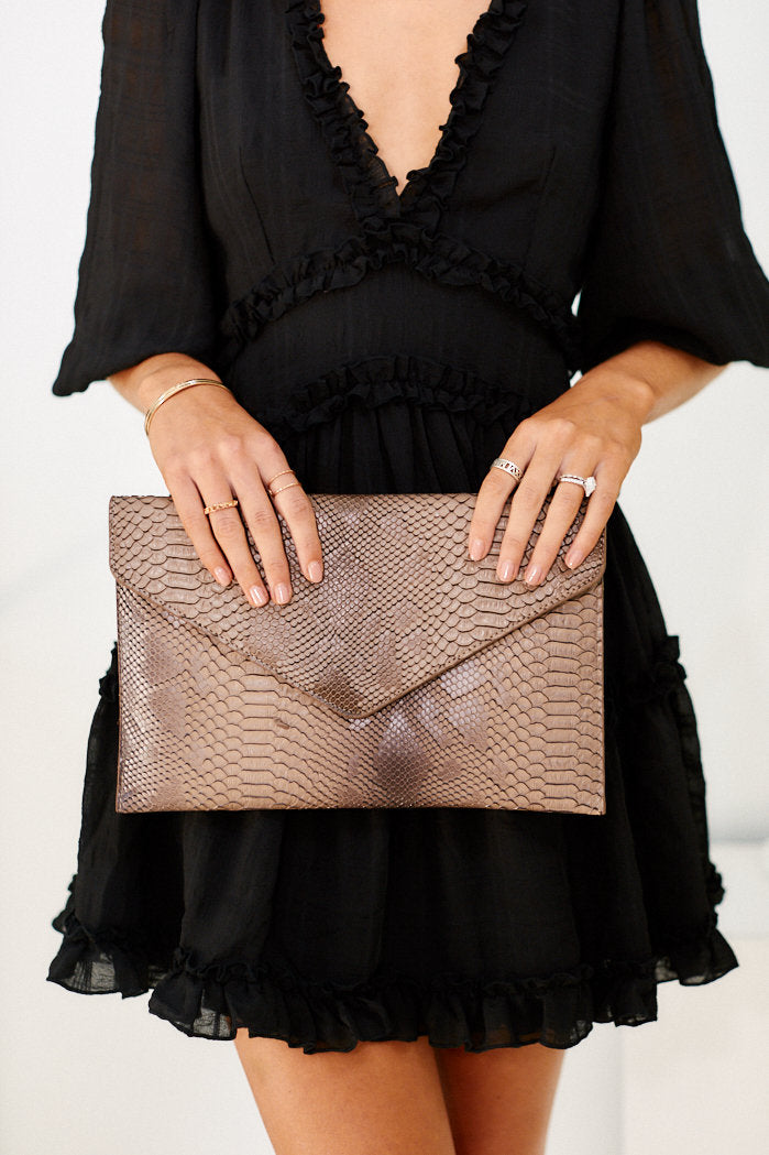 fab'rik - Amber Snake Clutch ProductImage-11455692800058