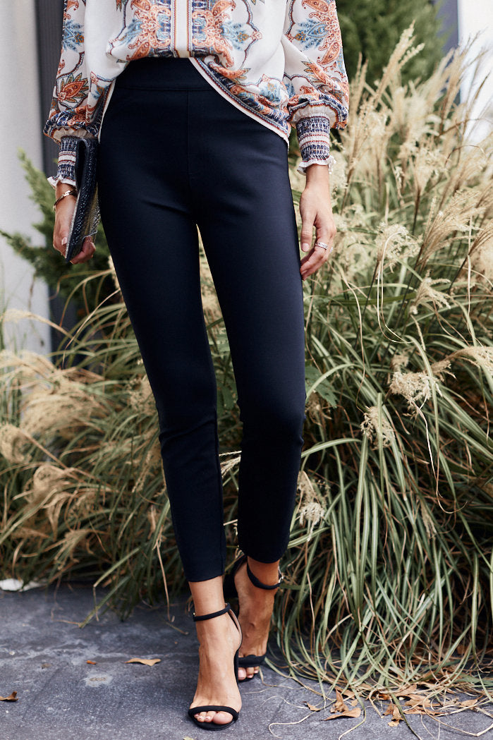 fab'rik - Spanx Ponte Back-Seam Skinny Pants ProductImage-11453621600314