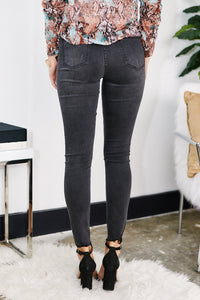 Azby Distressed Skinny