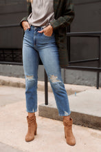 Load image into Gallery viewer, The Weekend Straight Leg Crop Jean