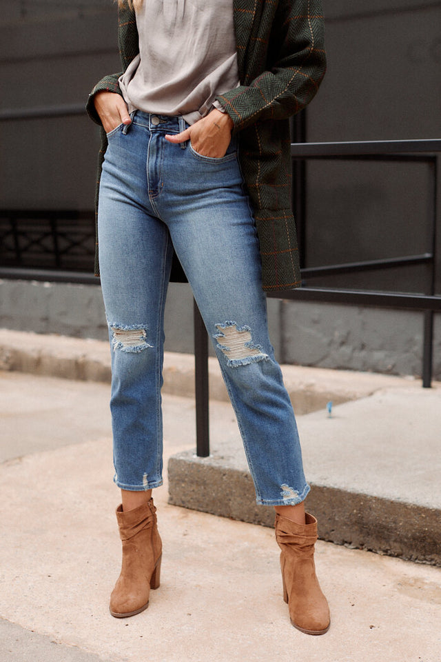 The Weekend Straight Leg Crop Jean