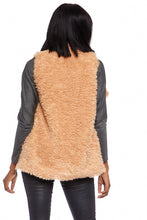 Load image into Gallery viewer, Abrielle Faux Fur Vest