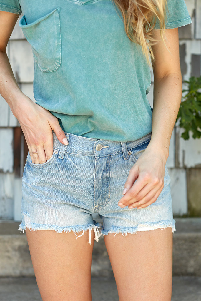 JUST USA RELAXED DESTROYED HEM SHORT