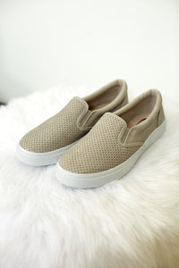 TRACER SLIP ON SNEAKERS