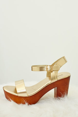 LAIN METALLIC BLOCK HEELS