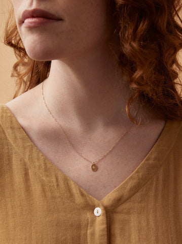 Dainty Oval Necklace