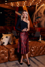 Load image into Gallery viewer, Lieria Snake Print Slip Midi Skirt