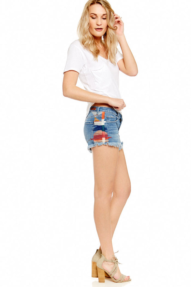 BLANK NYC ASTOR EMBROIDERED SHORTS