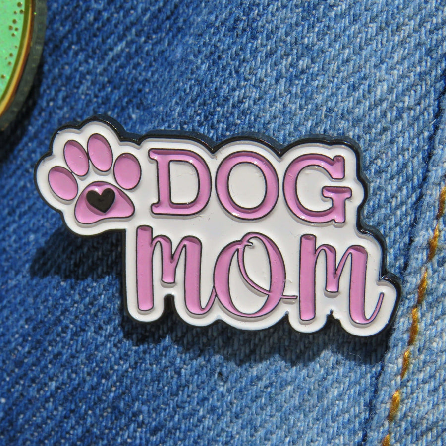 Enamel Pin - Dog Mom - Coco and Chili's Shop