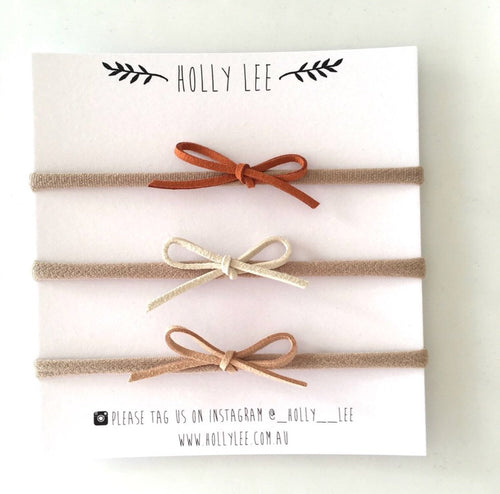 Neutral set of three Lily knot bows