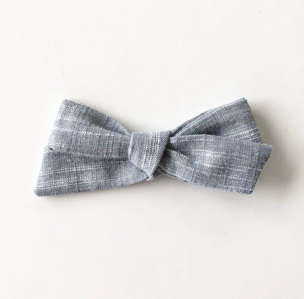 Everyday grey classic bow
