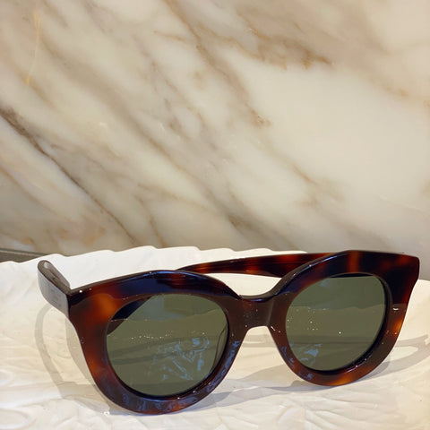 Lonny Style Tortoiseshell Brown Sunglasses at Born In The Sun - Borninthesun
