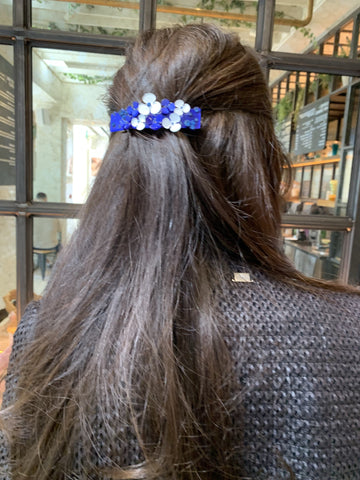 Double Flower Blue Hairclip with Clip Fastening at Born In The Sun - Borninthesun