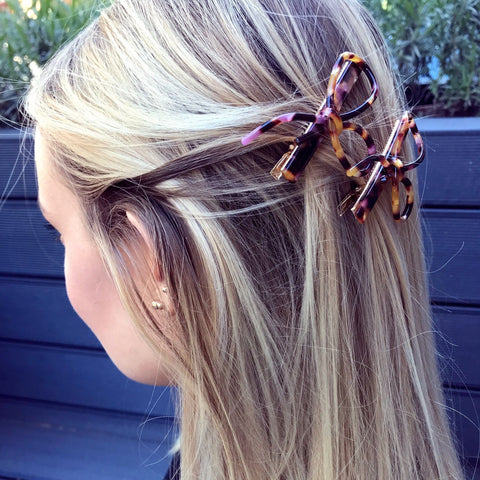 Knotted Brown  and Pink Tortoiseshell Effect Hair Clip at Born In The Sun - Borninthesun