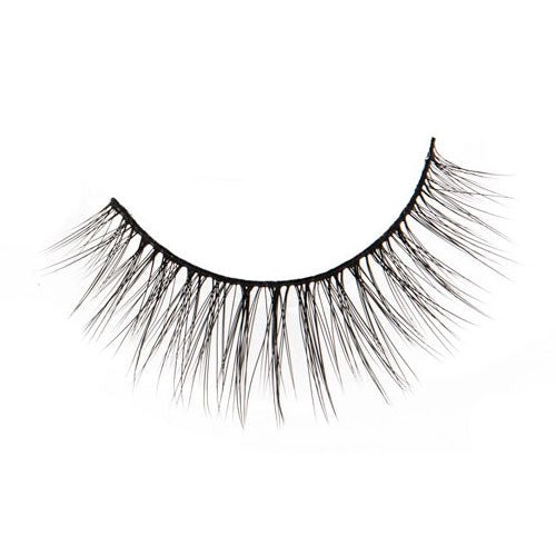 Strike a Pose! Lashes