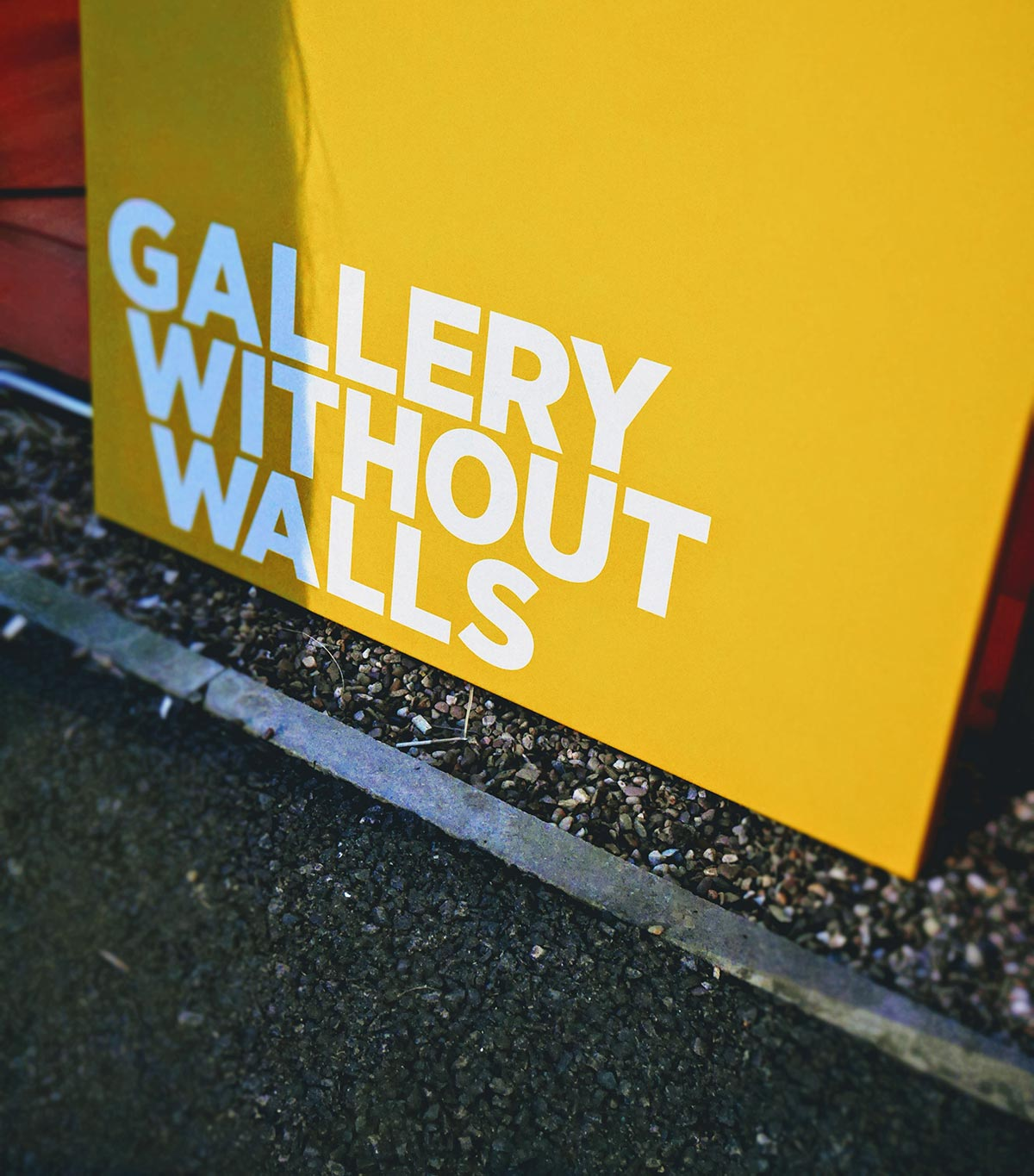 Gallery without walls 001 - recap of the opening night at the LCB