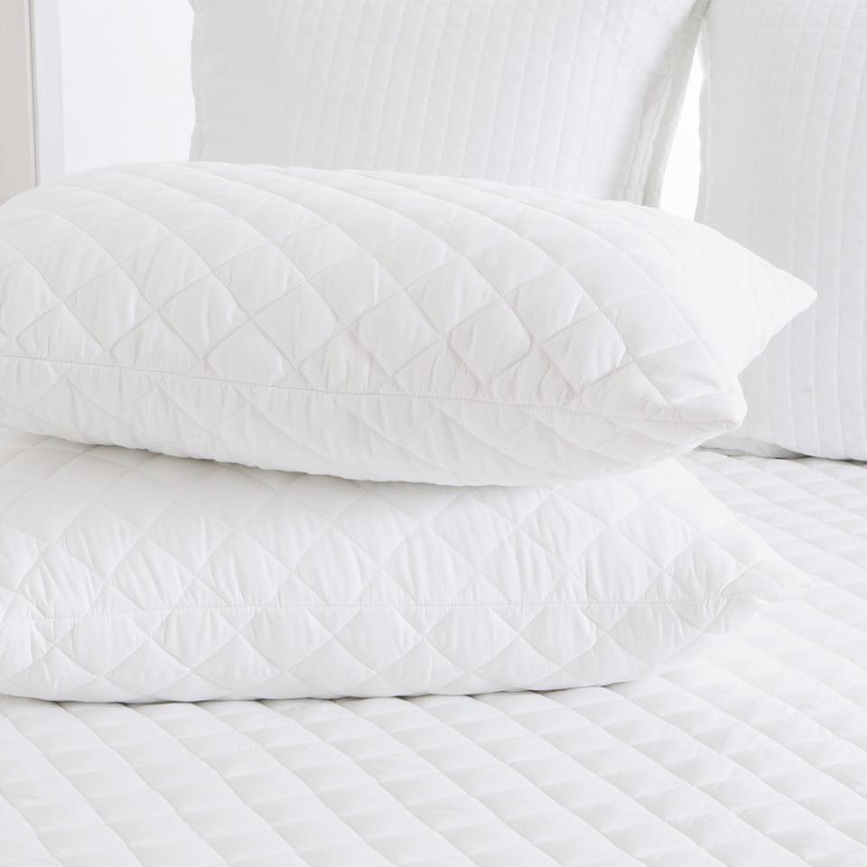 Hollow Fiber Quilted Pillow