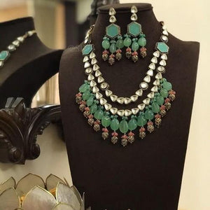 2 Side Pendant Polki Necklace Set