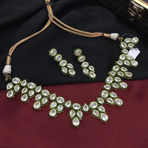 AD Kundan Simple Necklace