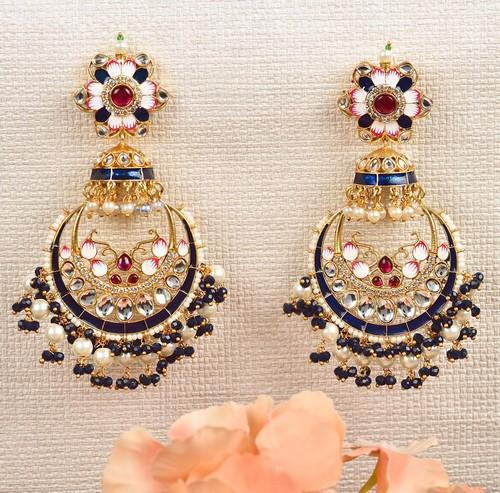 Ad Mean Chandbali Earrings