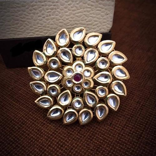 Big Cluster Kundan Ring - Ishhaara