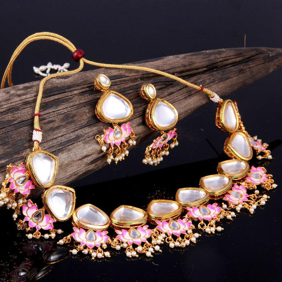 Big Kundan with Lotus Motifs - Ishhaara