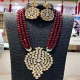 Big Pendant Kundan Necklace - Ishhaara