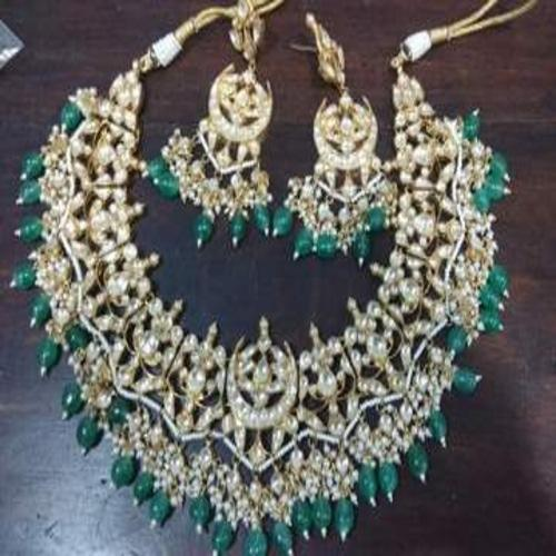 Chandbali Patchi Kundan Necklace - Ishhaara