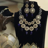 Double Layered FLower Motif Victorian Necklace Set