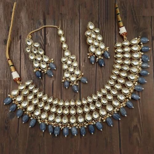 Drop Kundan Choker Necklace Set